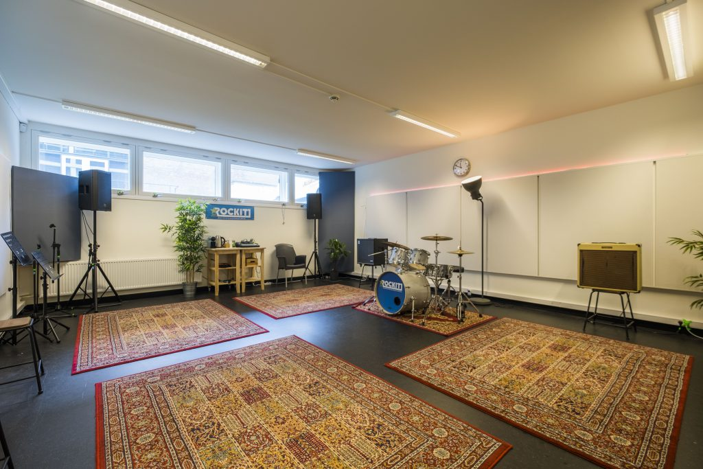 oefenruimte Den Haag ROCKIT Music Studio K.03