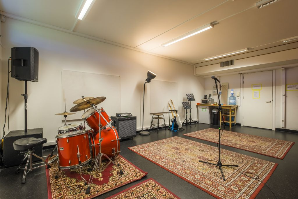 oefenruimte Den Haag ROCKIT Music Studio K.02